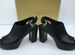 Michael Kors Women Heels Black Leather Size 6.5M